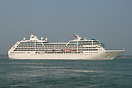Pacific Princess captured departing Southampton after a one-off visit ...