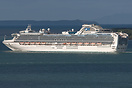 Diamond Princess almost past Rangitoto and in to the Hauraki Gulf on h...