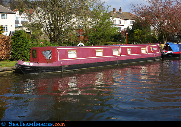 Narrow Boat 'Popova'