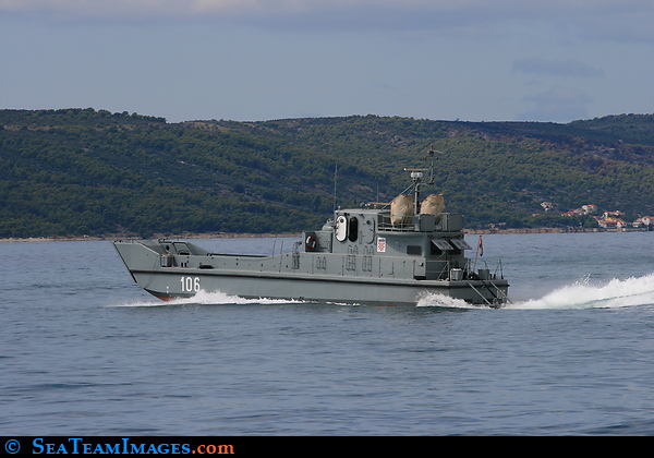 Type 22 Armed Landing Craft