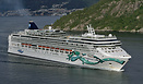 Norwegian Jade sailing out from Bergen