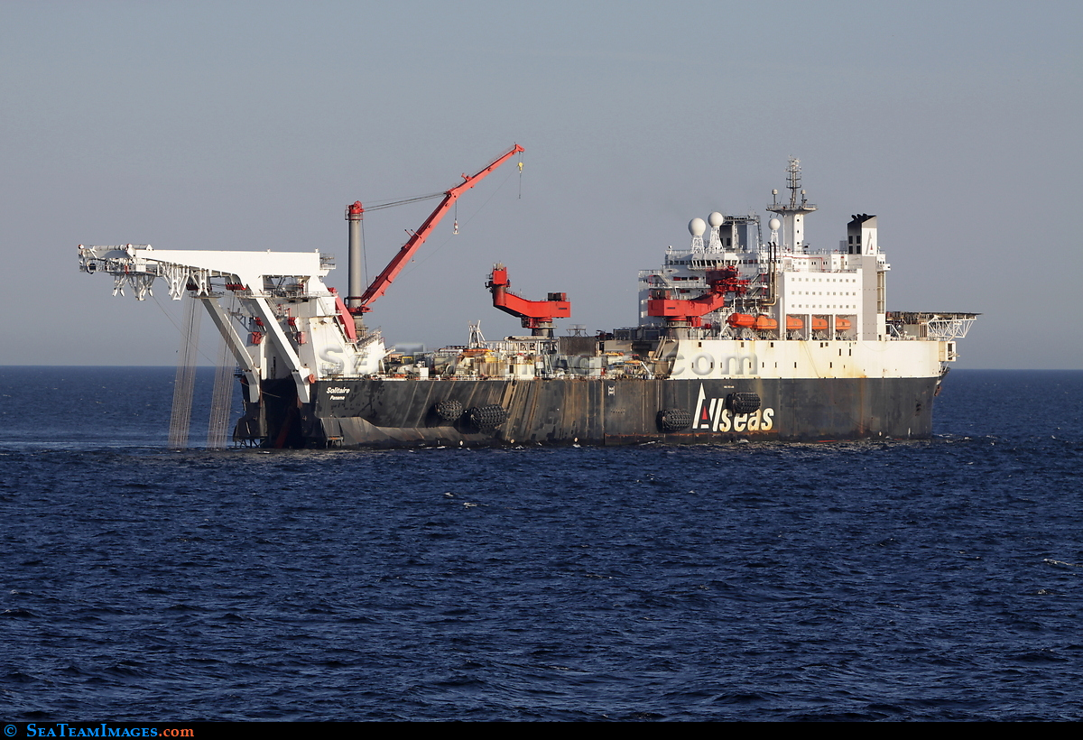 Pipe-Laying Ship Solitaire