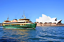 Queenscliff arriving at Circular Quay from Manly with the Opera House ...